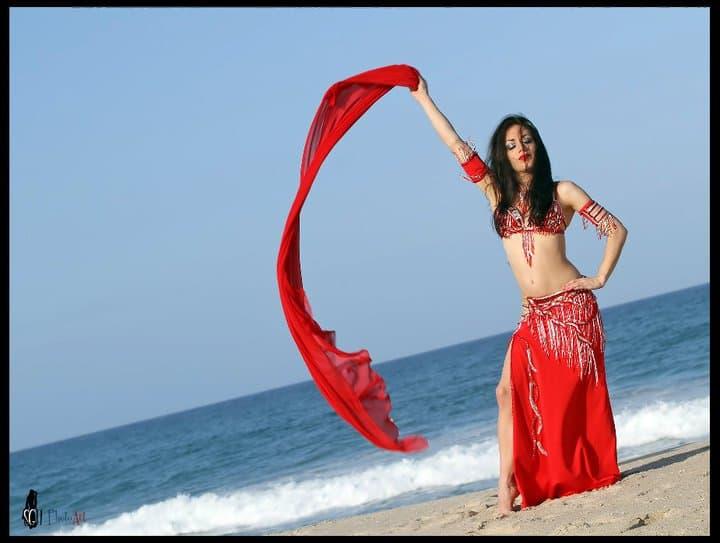 Carrara Nour, belly dancer in Orlando and Melbourne, FL